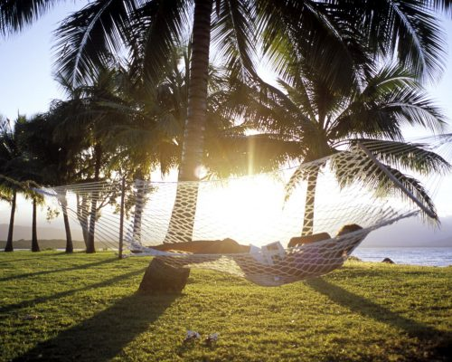 port-douglas-relaxing-by-the-beach-1